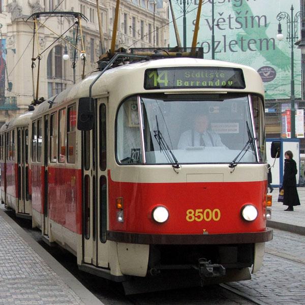 Красный чешский трамвайчик Т3 – история Праги