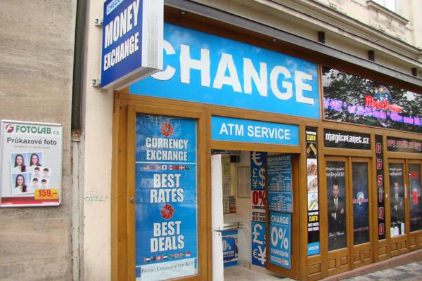 Новые правила обмена валют в Праге