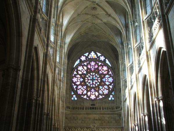 Готика. Ирреальный мир собора святого Вита в Праге