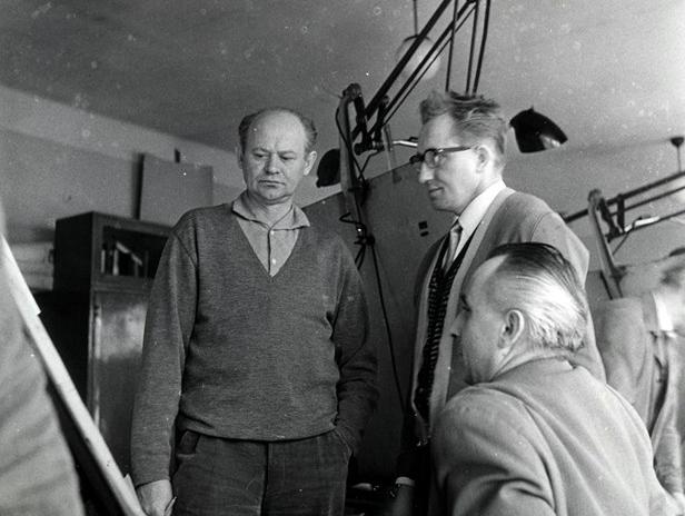 Антонин Гонзик в центре