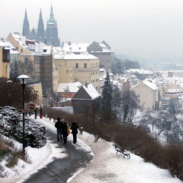 Как организовать свой тур в Прагу дешевле